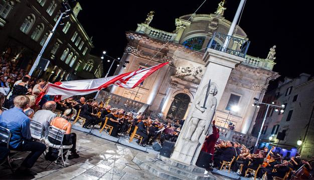 Opera gala koncertom i spuštanjem zastave Libertas zatvorene  63. Dubrovačke ljetne igre