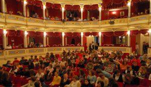 Kazališni rujanski Klik